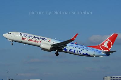 2013-03-02 TC-JYI Boeing 737-900 THY