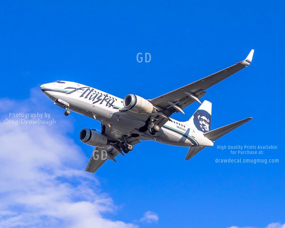Alaska Airlines 737-700