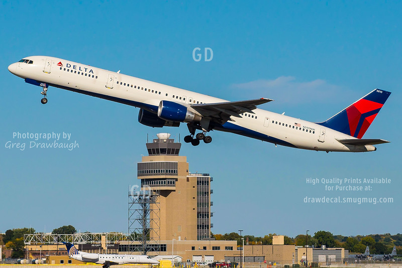 "Delta Airlines ""Super Pipe"" 757-300 N590NW"