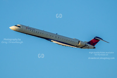 Delta Connection CRJ900