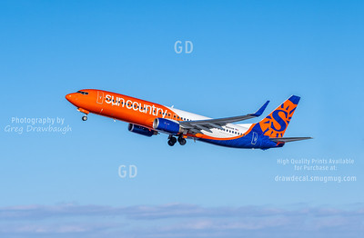 Sun Country 737-800