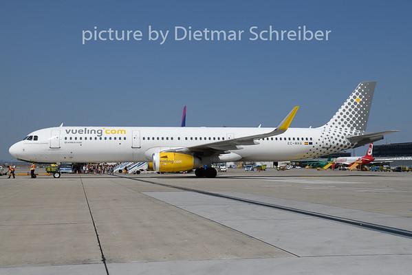 2018-08-21 EC-MHA Airbus A321 Vueling