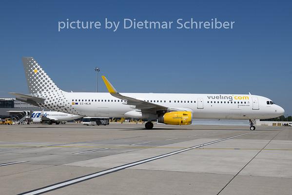 2018-08-13 EC-MLM Airbus A321 Vueling