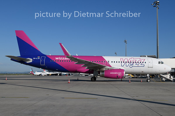 2020-06-24 HA-LYQ Airbus A320 Wizzair