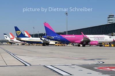 2020-08-22 HA-LYA Airbus A320 Wizzair