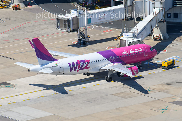 2020-05-07 HA-LYP Airbus A320 Wizzair
