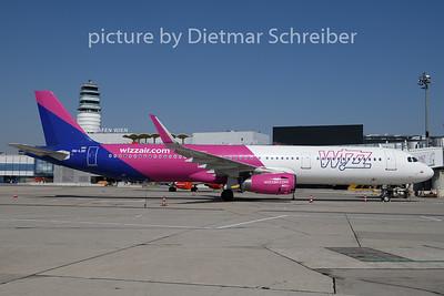 2020-04-06 HA-LXD Airbus A321 Wizzair