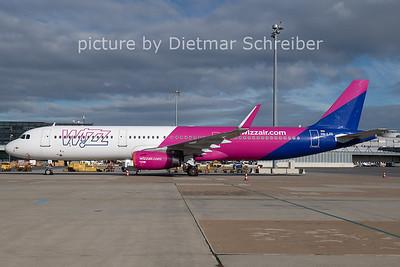 2020-11-17 HA-LTE AIrbus A321 Wizzair