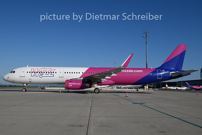 2020-06-24 HA-LTF Airbus A321 Wizzair