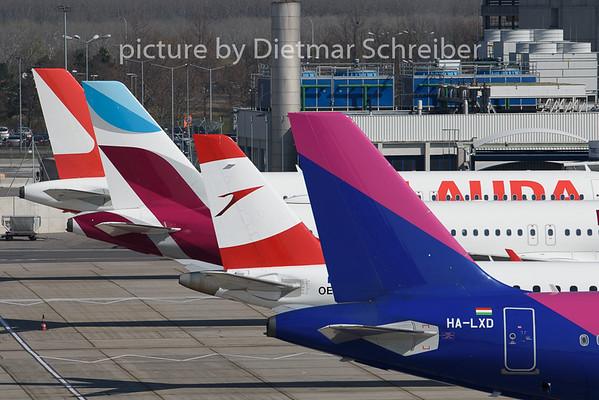 2020-03-19 HA-LXD Airbus A321 Wizzair