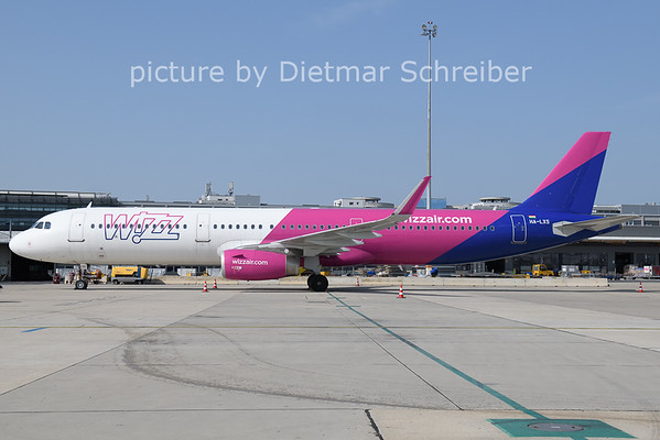 2021-06-23 HA-LXS AIrbus A321 Wizzair