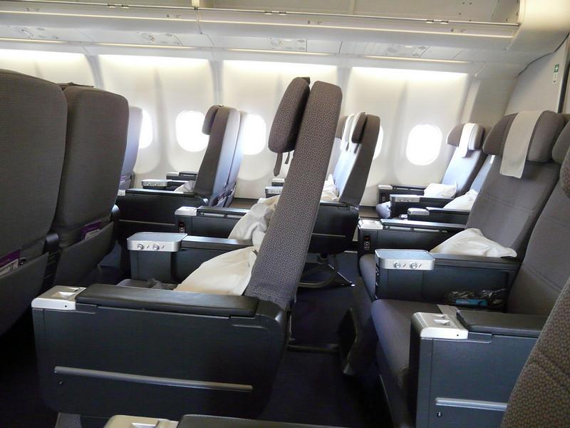 20100521B A330 SYD-PER