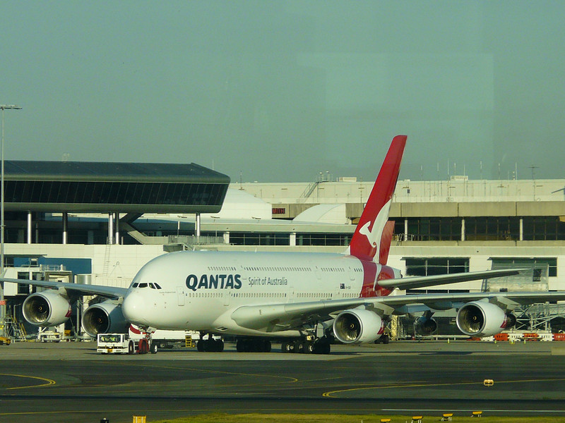 20100521 A380 on ground in Sydney