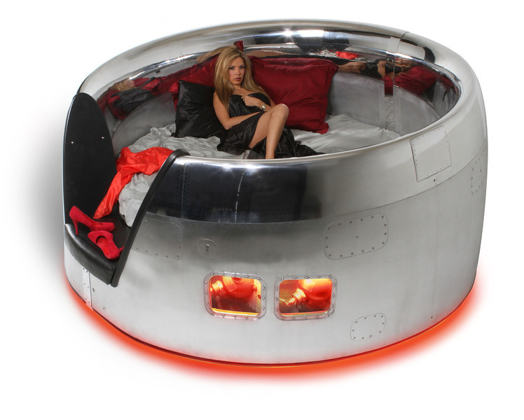 DC-10 Cowling Bed