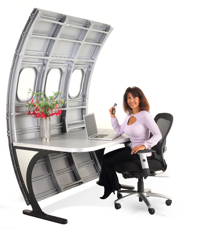 Fuselage Desk