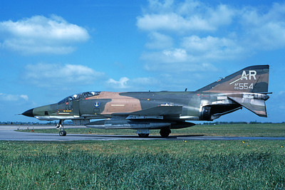 F-4USAF 00361 A taxing McDonnell Douglas RF-4C Phantom II USAF 68554 10th TRW AR code 6-1980 military airplane picture by Wilfried Zetsche