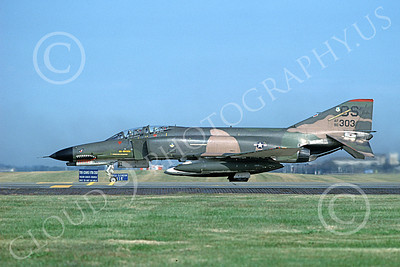 F-4USAF 00381 A taxing McDonnell Douglas F-4E Phantom II USAF 90303 36th TFS 51st CW OS code SHARKMOUTH Yokota AB 10-1981 military airplane picture by T Matsuzaki