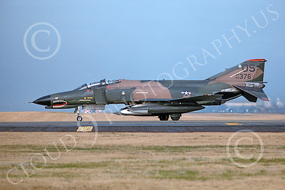 F-4USAF 00433 A taxing McDonnell Douglas F-4E Phantom II USAF 68376 36th TFS 51st CW OS code SHARKMOUTH Yokota AB 11-1981 military airplane picture by T Matsuzaki