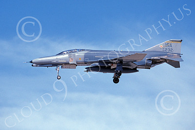 F-4USAF 00498 A landing McDonnell Douglas F-4G Phantom II USAF 69232 with mission marks 57th W WA code 3-1996 military airplane picture by Michael Grove, Sr