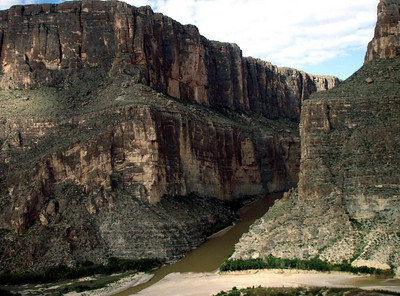 SANTA ELENA CANYON - AGAIN Not too bad a shot, I guess, but I liked the view in the other one better.