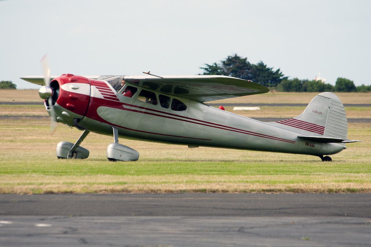 Cessna Aircraft Corp 195 VH-AAL