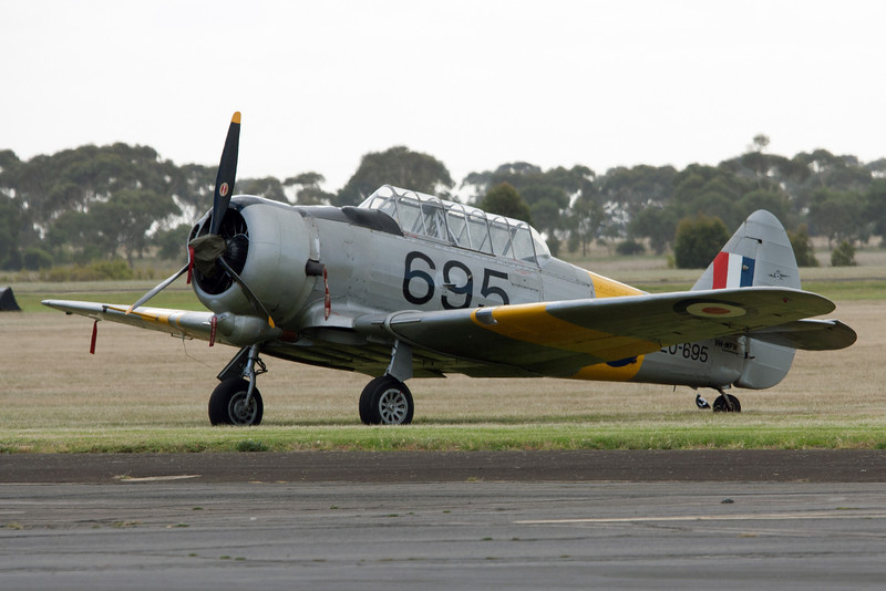 Commonwealth Aircraft Corp Wirraway CA-16 MK 3 A20-695 VH-MFW