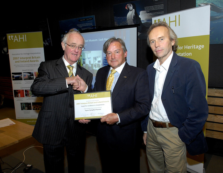 Frank Kelly presents the AHI Interpret Britain and Ireland Award to The Foynes Flying Boat Museum delegates, Brian Cullen and Jack Harrisson at the AHI Interpret Britain and Ireland Awards at the Cliffs of Moher, County Clare.