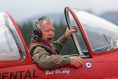 Yakolev Yak-55 Bud Granley Air Shows Canon EF 70-300mm f/4-5.6 IS USM
