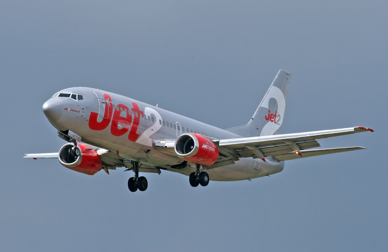 Jet2 BOEING 737-377 G-CELY<br /> By Tony Lowther.
