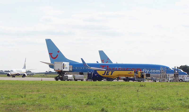 Thomson and Ryanair aircraft of the ramp/apron.<br /> By Clive Featherstone.