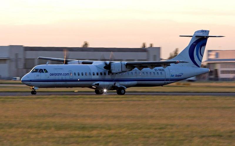 Aer Arann ATR-72  EI-REB<br /> By Stuart Allen.