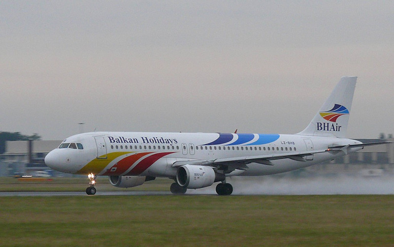 Balkan Holidays A-320  LZ-BHB<br /> By Clive Featherstone.