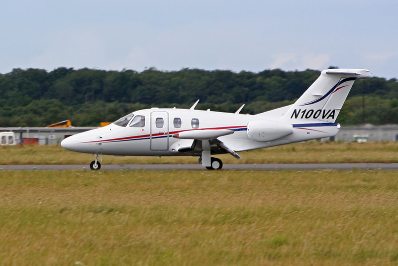 Eclipse 500  N100VA<br /> By David Bladen.