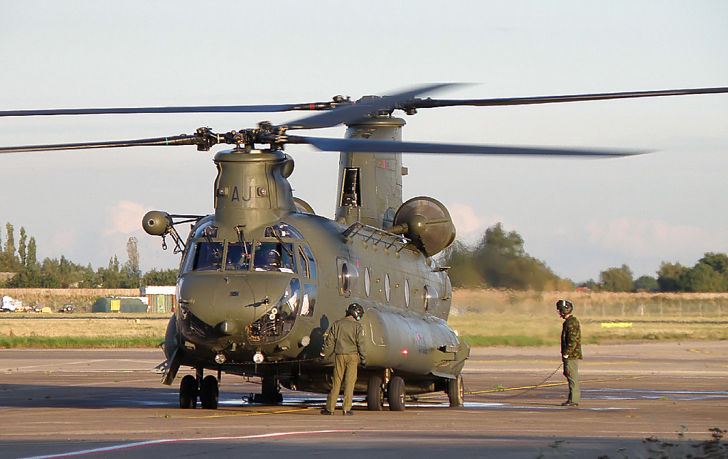 RAF Chinook HC2 - ZA682<br /> By Correne Calow.