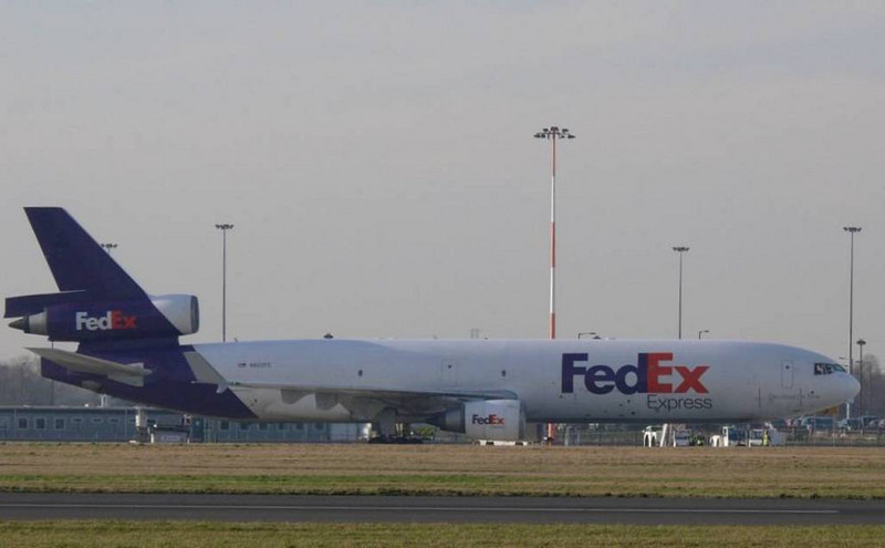 FedEx MD11 N602FE<br /> By Clive Featherstone.