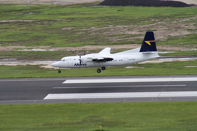 VH-FKV ALLIANCE FOKKER F-100