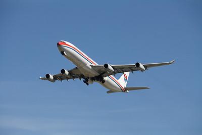 B-2381 CHINA EASTERN A340-300