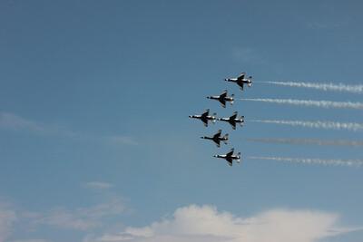 Salinas Airshow Thunderbirds 2010 074