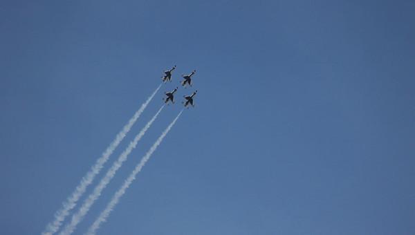 Salinas Airshow Thunderbirds 2010 040