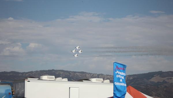 Salinas Airshow Thunderbirds 2010 047