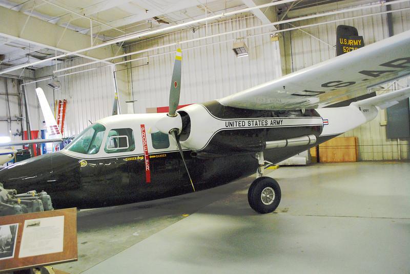 Aero Commander L-26 ft lf 3_4