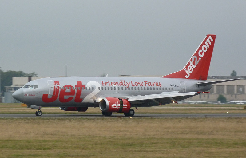 Jet2 737-300 G-CELY diverts into DSA.<br /> By Clive Featherstone.
