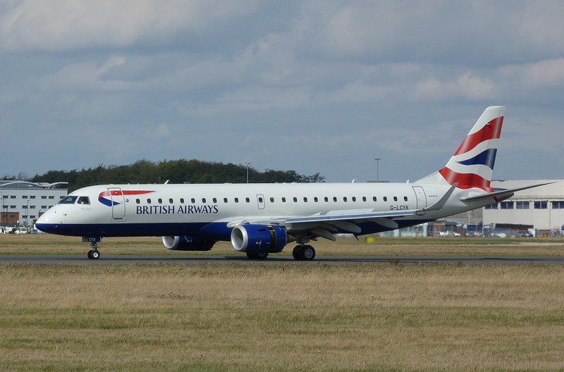 British Airways Embraer 190 G-LYCK.<br /> By Clive Featherstone.