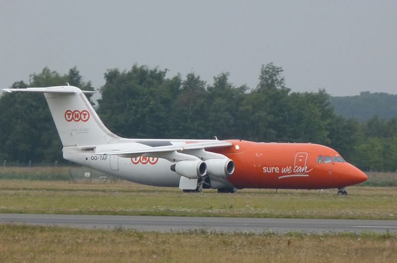 TNT BAe 146-300QT OO-TAF.<br /> By Clive Featherstone.