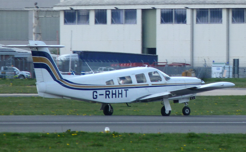 Piper PA-32RT-300 Lance II G-RHHT.<br /> By Clive Featherstone.
