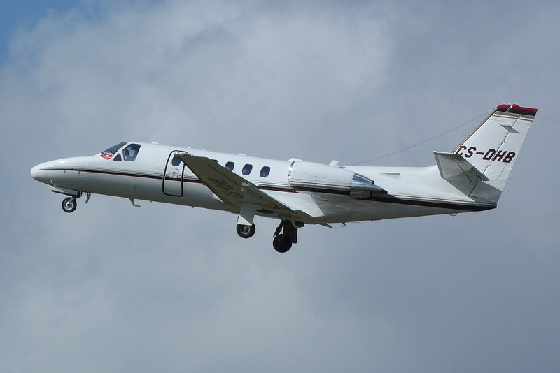 NetJets Europe Cessna 550 Citation II CS-DHB.<br /> By Clive Featherstone.