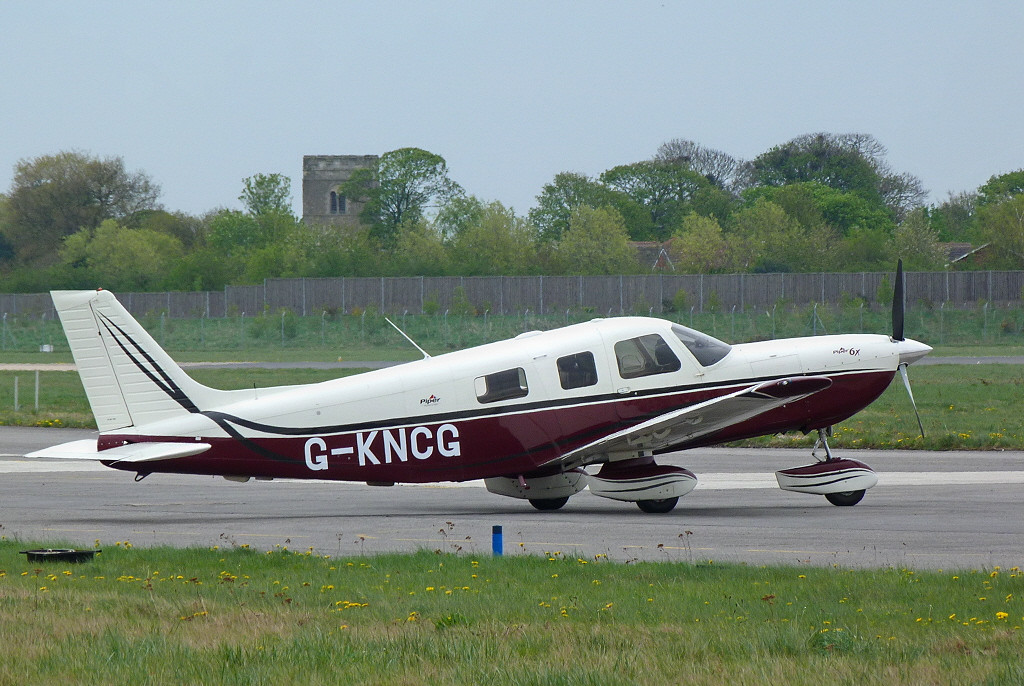 Piper PA32-301FT (Piper 6X) G-KNCG<br /> By Clive Featherstone.