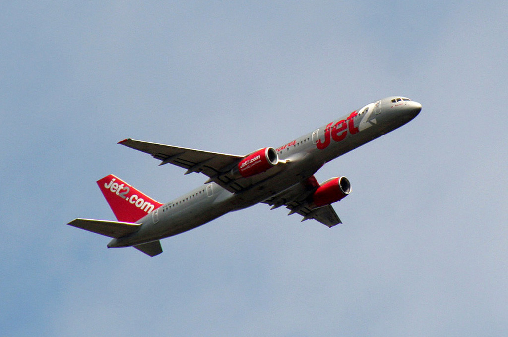 Jet2 757-200 G-LSAJ.<br /> By Graham Vlacho.