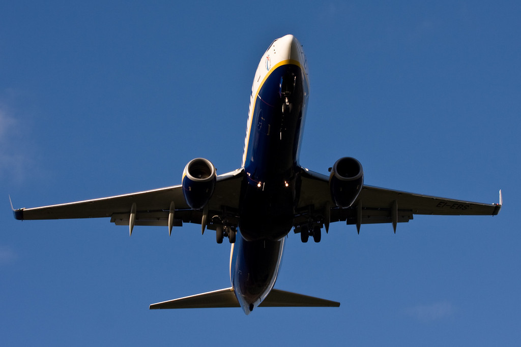 Ryanair 737-800 EI-EBS.<br /> By David Bladen.