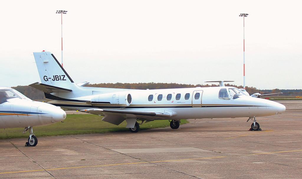 Cessna 550 Citation II G-JBIZ.<br /> By Jim Calow.
